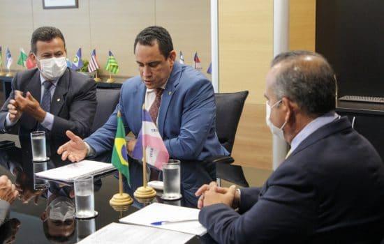 Coordenada pelo Deputado Da Vitória, bancada capixaba solicita retomada da construção de casas populares no Espírito Santo