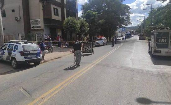 Motociclista morre após acidente no bairro Carlos Germano Naumann, em Colatina, nesta sexta-feira (11)