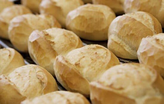 Padarias de Colatina fazem doações no Dia Mundial do Pão neste sábado (16)